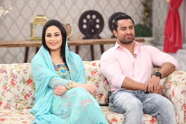 The reunited couple Humaira Arshad and Ahmed Butt on screen (9)