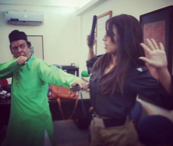 Ushnah Shah and Mohsin Abbas together for Jhoot Wala Love (3)