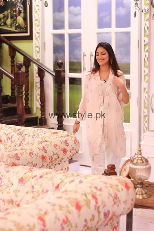 Javeria Abbasi with her daughter in Good Morning Pakistan (2)