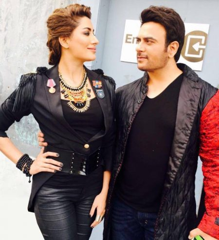 See Mehwish Hayat and Shiraz Uppal during shoot of Coke Studio season 9