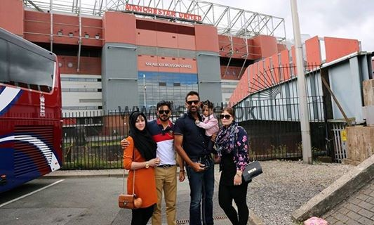 Pakistani Cricketers with their families in Manchester  (5)