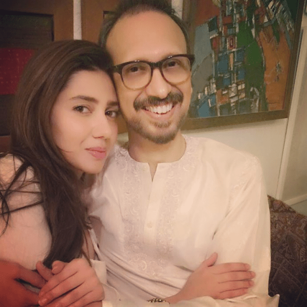 Pictures of Pakistani Celebrities on 2nd day of Eid (16)