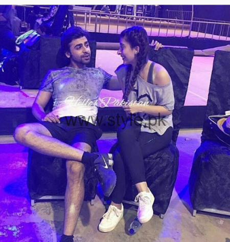 Urwa Hocane and Farhan Saeed during rehearsals of LSA 2016 (1)