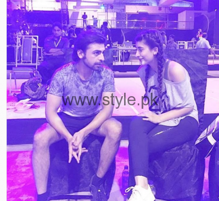 Urwa Hocane and Farhan Saeed during rehearsals of LSA 2016 (4)