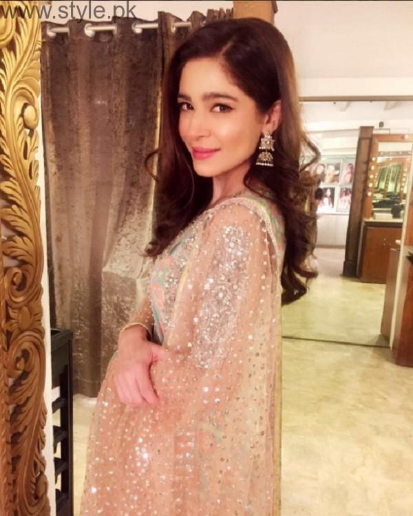 Ayesha Omer In Nomi Ansari Dress