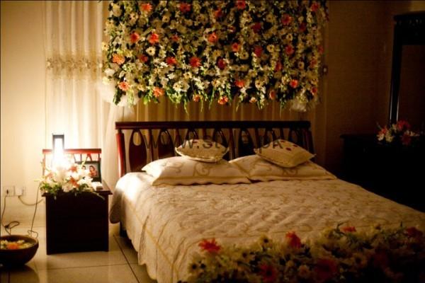 Bridal Wedding Room Decoration Ideas 2016 (8)