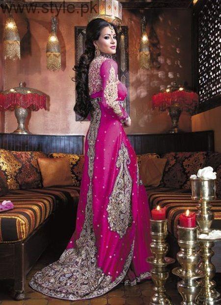 Latest Pakistani Engagement Dresses (7)