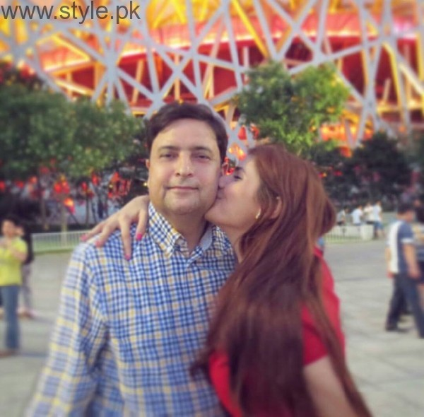 Momina Mustehsan's Family Pictures (9)