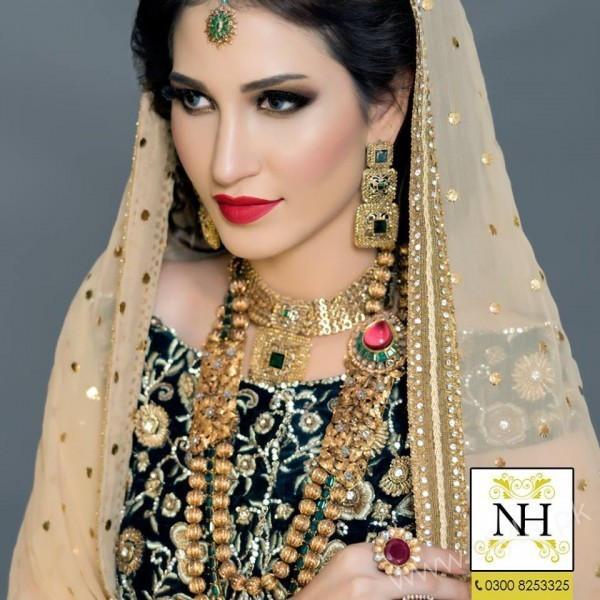 Nadia Hussain Salon Abeer Rizvi Bridal Makeup Photoshoot