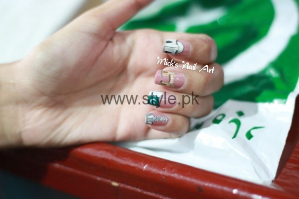 Nail Art Ideas 2016 for Pakistan's Independence Day (7)