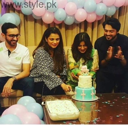 Pakistani Celebrities at their baby Shower (7)