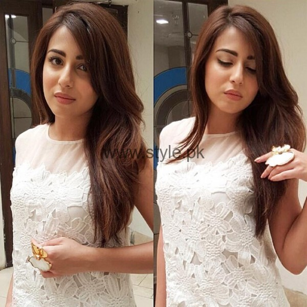 Ushna Shah Looking Beautiful