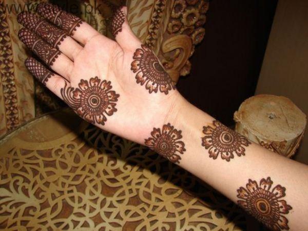 Latest Mehndi Designs for Eid-ul-Azha 2016 (17)