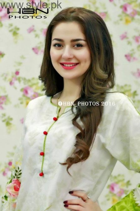 New Comer Hania Amir's Biography and Pictures (2)