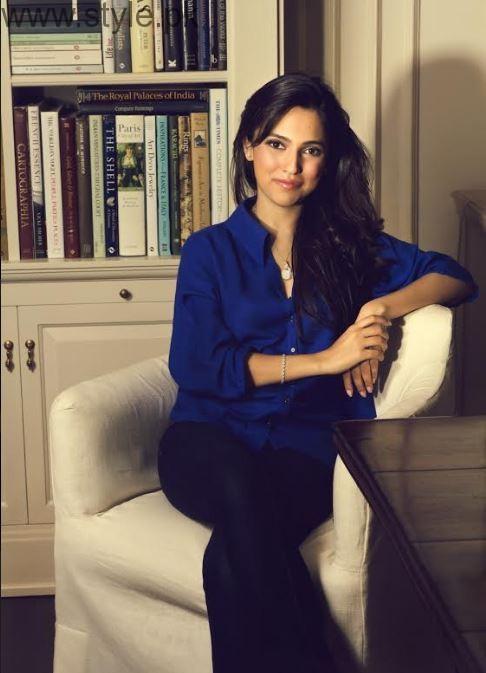 Nida Azwer (Operations Chair)