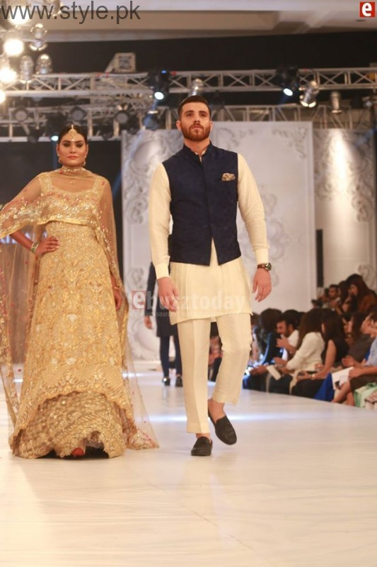 Sania Maskatia at PFDC L'Oreal Paris Bridal Week 2016 Day 1 (8)