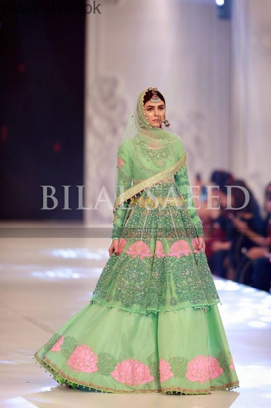 10 Best Dresses at PFDC L'Oréal Paris Bridal Week 2016 (10)