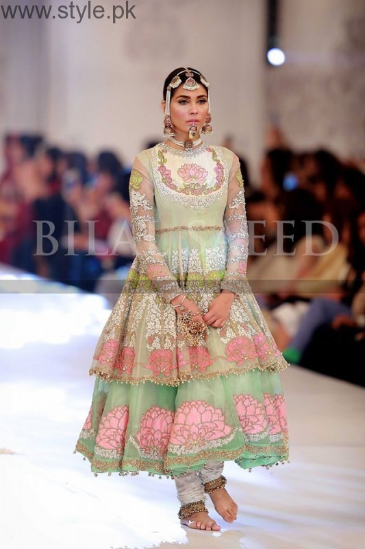 10 Best Dresses at PFDC L'Oréal Paris Bridal Week 2016 (4)