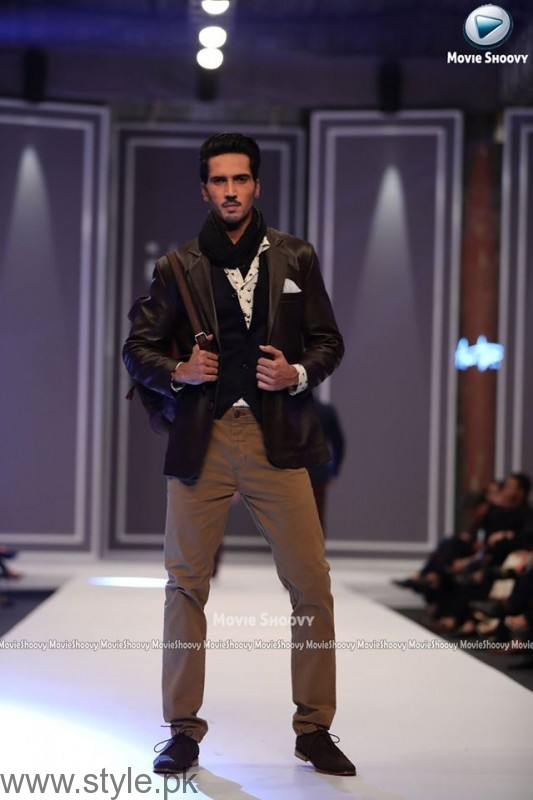 Aamir Adnan Collection at Fashion Pakistan Week 2016 (3)