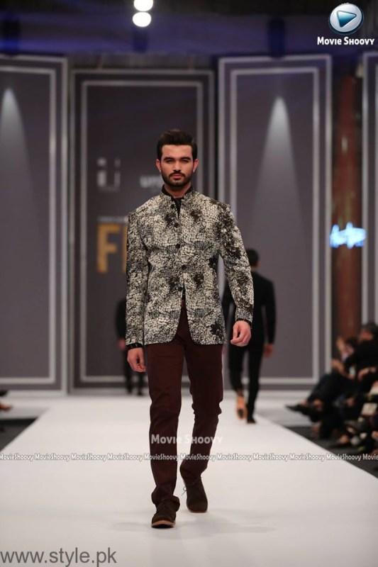 Aamir Adnan Collection at Fashion Pakistan Week 2016 (5)
