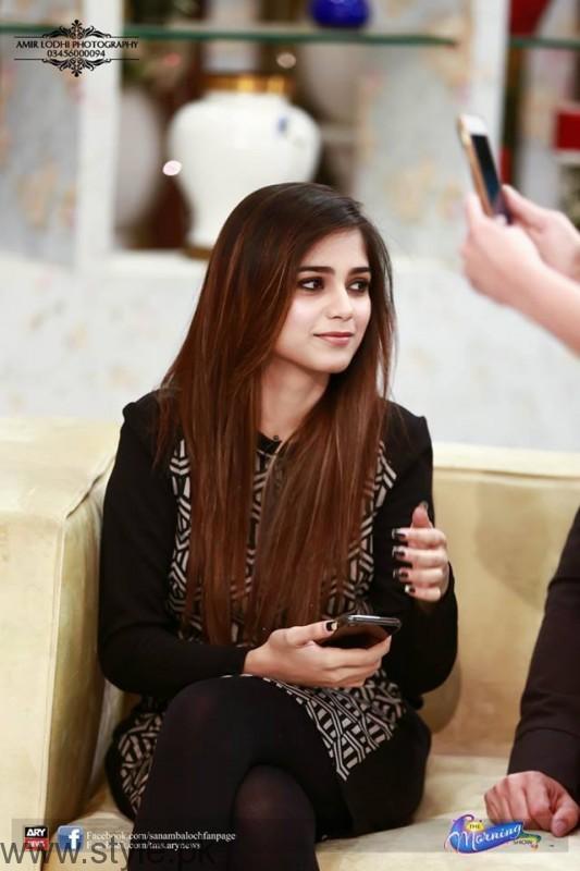 Aima Baig in Sanam Baloch's Morning Show