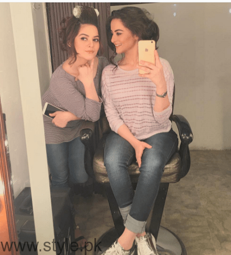 Aiman Khan and Minal Khan's photoshoot for Agha Noor (5)
