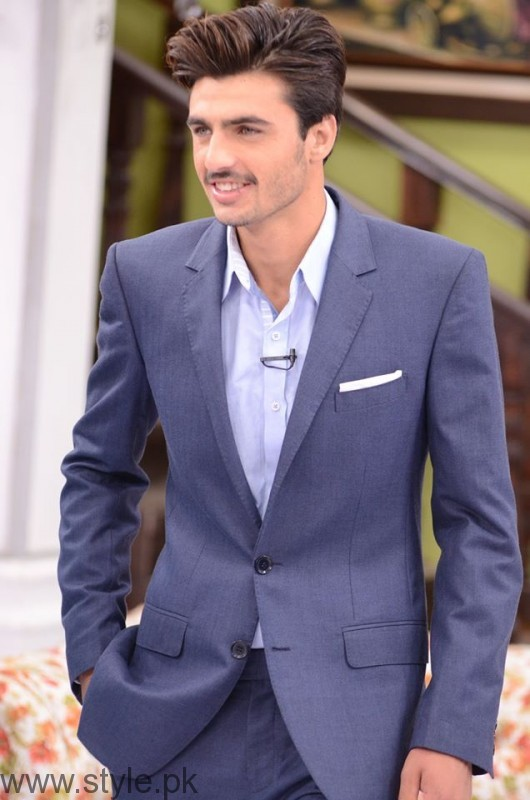 Arshad Khan in Suit Good Morning Pakistan