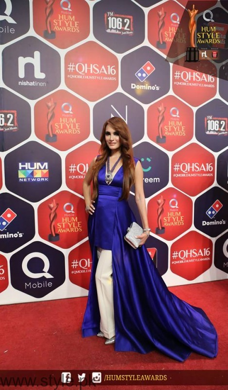 Celebrities at Qmobile HUM Style Awards 2016 (5)
