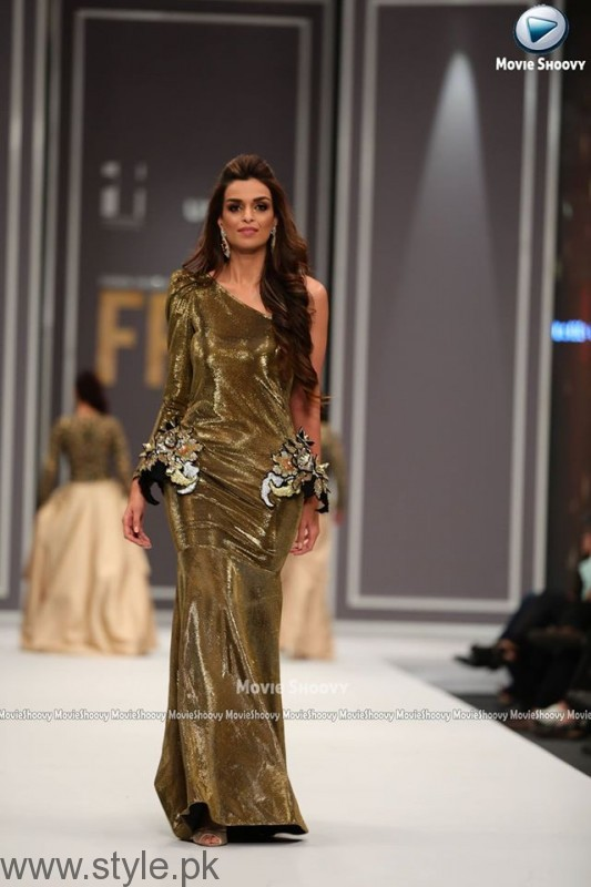Maheen Karim Collection at Fashion Pakistan Week 2016 (3)