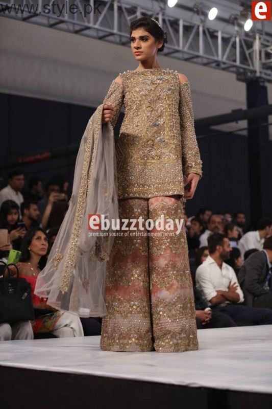 PFDC L'Oréal Paris Bridal Week 2016 Day 2 Pictures (16)