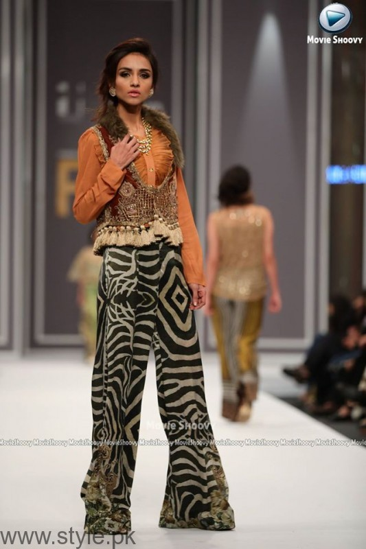 Sobia Nazir Collection at FPW2016 (1)