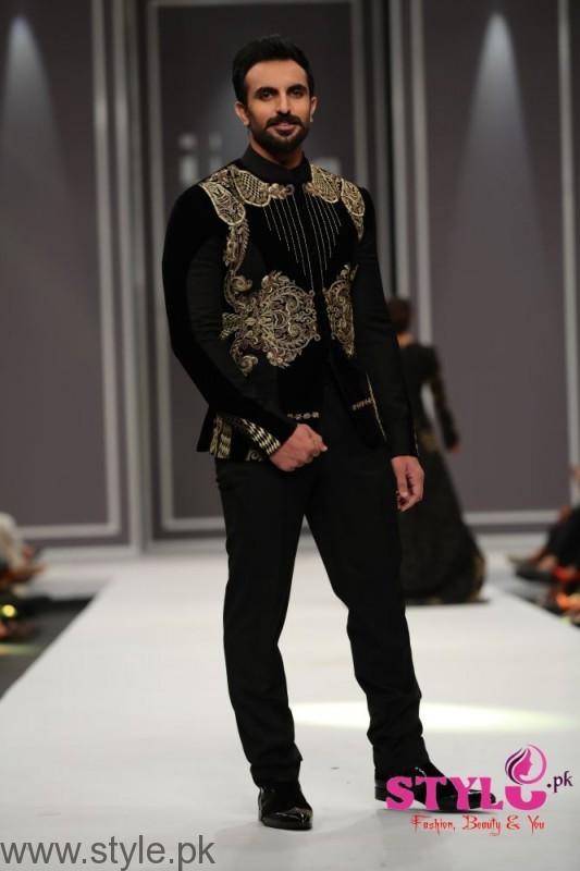 Arsalan Iqbal collection at Fashion Pakistan Week 2016 (2)