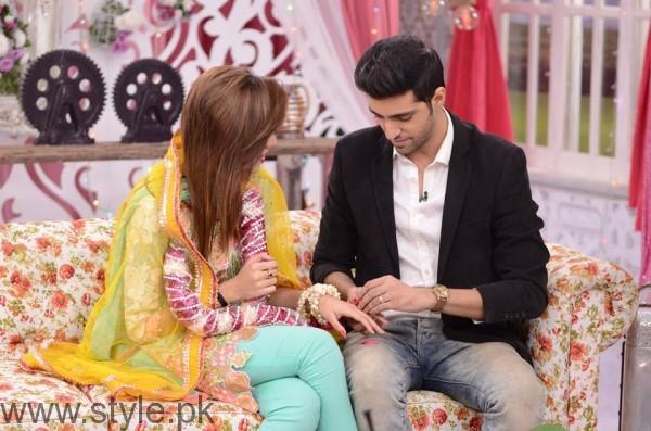 Furqan Qureshi with his Wife Sabrina in Good Morning Pakistan (11)