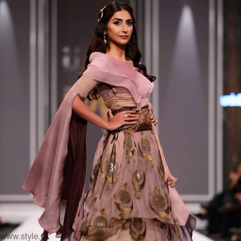 Hira Tareen - Beautiful Pakistani Actress and VJ