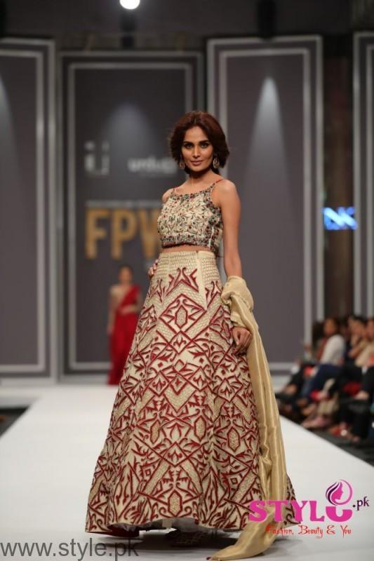 Natasha Kamal's Dresses at Fashion Pakistan Week 2016 (6)