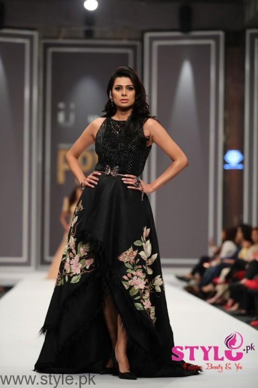 Shehla Chatoor Fashion Pakistan Week 2016 Day 2 (2)
