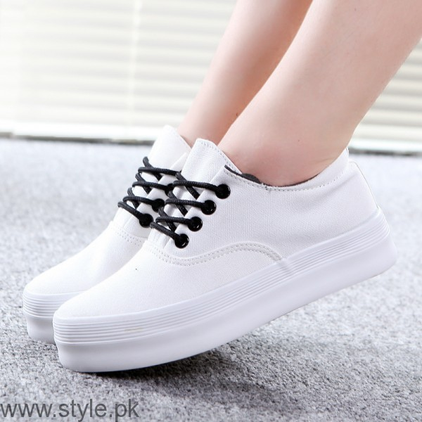 Women Fashion Sneakers (13)