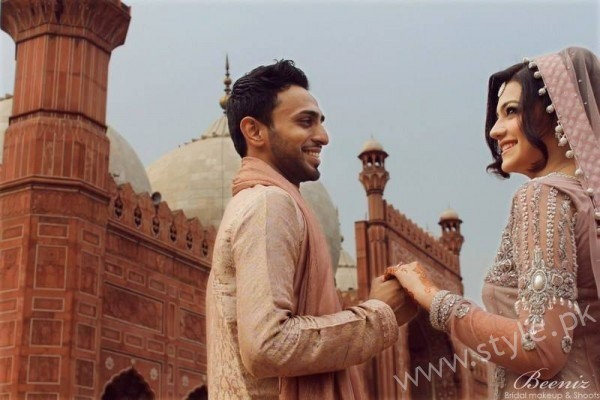 Actress Zara Abbas Profile, Pictures and Dramas (20)