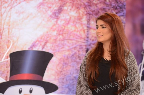 Momina Mustehsan Good Morning Pakistan Show Pictures (13)