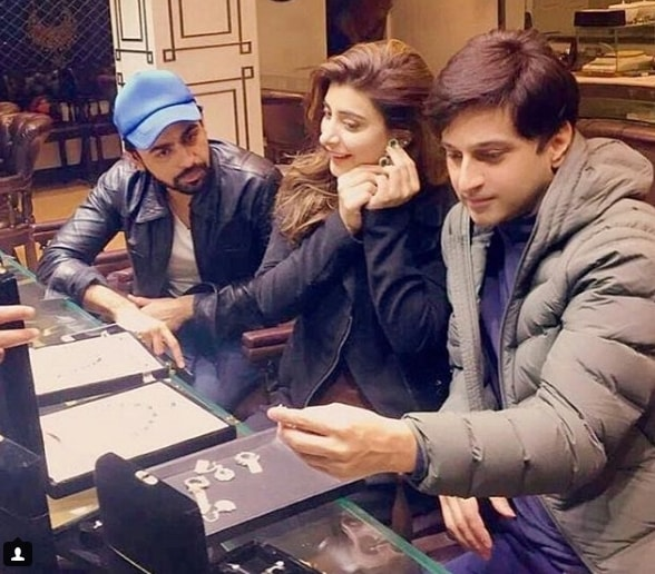 See Urwa Hocane and Farhan Saeed selecting their Wedding Jewellery