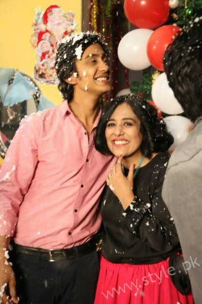 Yasra Rizvi's Engagement Pictures (11)