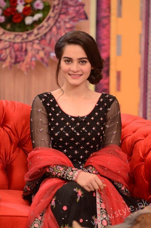Aiman Khan and Muneeb Butt in Good Morning Pakistan (6)