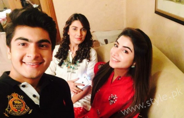 Ayeza Khan and Imran Abbas Cast Of Mohabbat Tum Se Nafrat Hai (9)