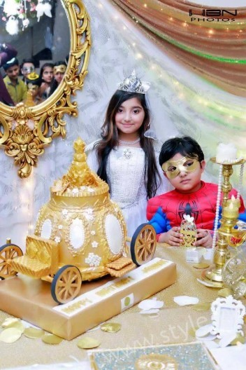 Javeria Saud's Daughter Jannat's Birthday Pictures  (6)