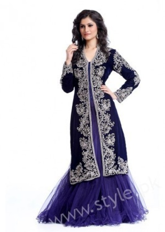 New gown style dresses in Pakistan (18)