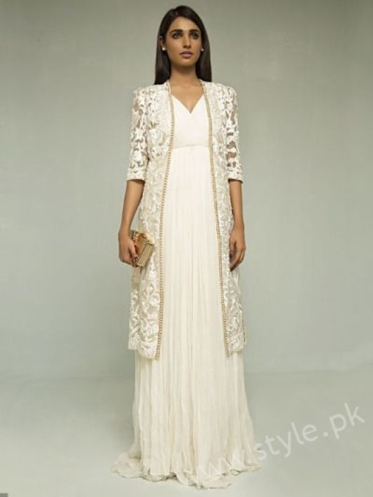 New gown style dresses in Pakistan (23)