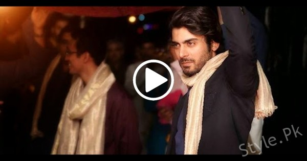 See Fawad Khan Lungi Dance at a Friend's Mehndi