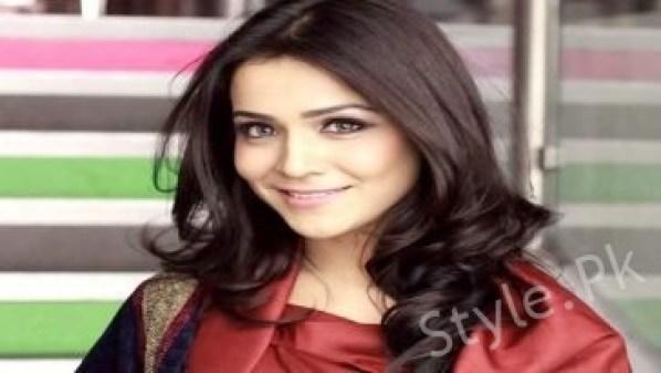 Humaima Malik Motivates Women To Defy Gender Roles