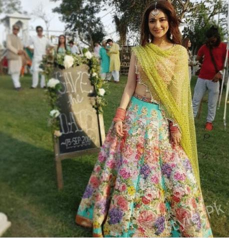 Hania Amir Looks Beautiful In Lehnga Choli By Nomi Ansari