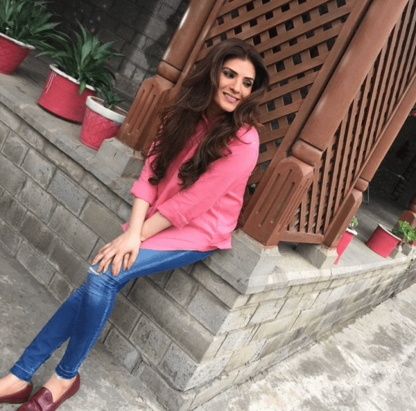 see Resham Khan Is Working On Her New Project!
